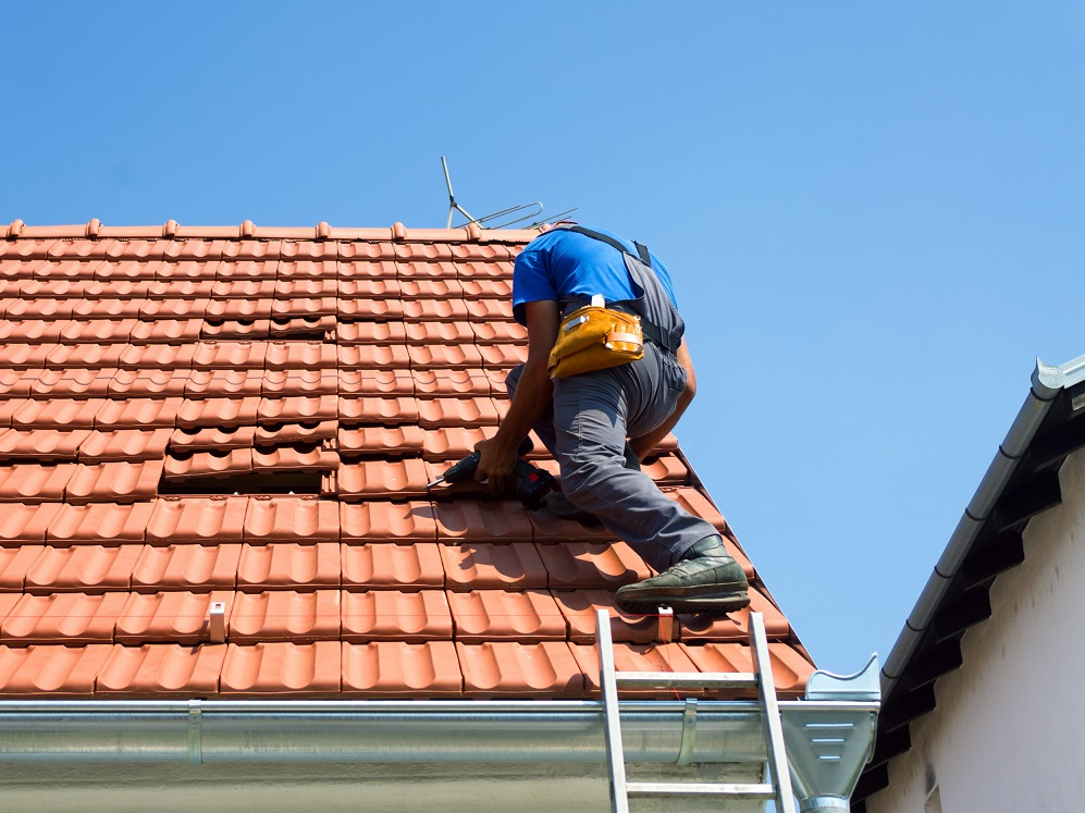 How to fix a storm damaged roof